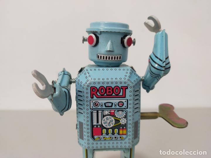 Reproducciones Figuras de Acción: ROBOT HOJALATA A CUERDA MADE IN CHINA - Foto 2 - 244720020