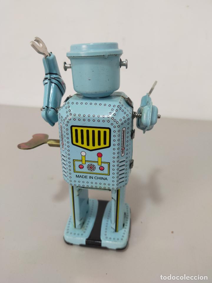 Reproducciones Figuras de Acción: ROBOT HOJALATA A CUERDA MADE IN CHINA - Foto 4 - 244720020