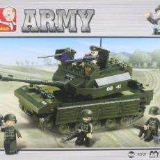 Reproducciones Figuras de Acción: JUGUETE, SLUBAN, TANQUE - ARMY, REF. B6500, PARA MONTAR. Lote 276408418