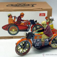 Juguetes antiguos de hojalata: MOTO SIDECAR PAYA HOJALATA A CUERDA FUNCIONA MADE IN CHINA NUEVO CON CAJA. Lote 54346822