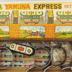 Juguetes antiguos de hojalata: TRANVIA DE HOJALATA GANGA YAMUNA. Lote 90757270