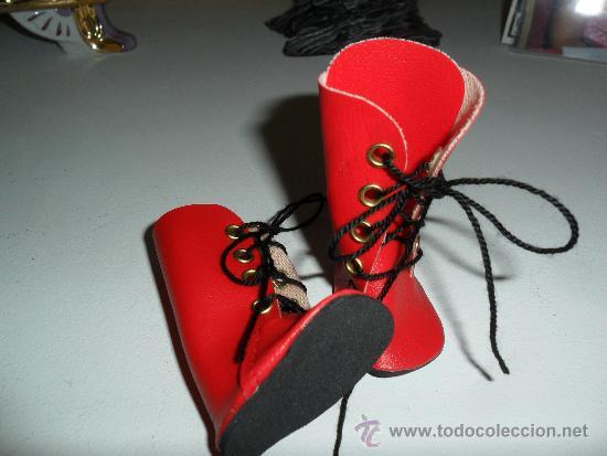 Nancy, botas rojas de cordones Vendido en Venta Directa