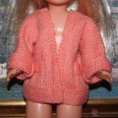 Reproduções Bonecas Espanholas: CHAQUETA ARTESANAL PARA MUÑECA NANCY. Lote 54934705
