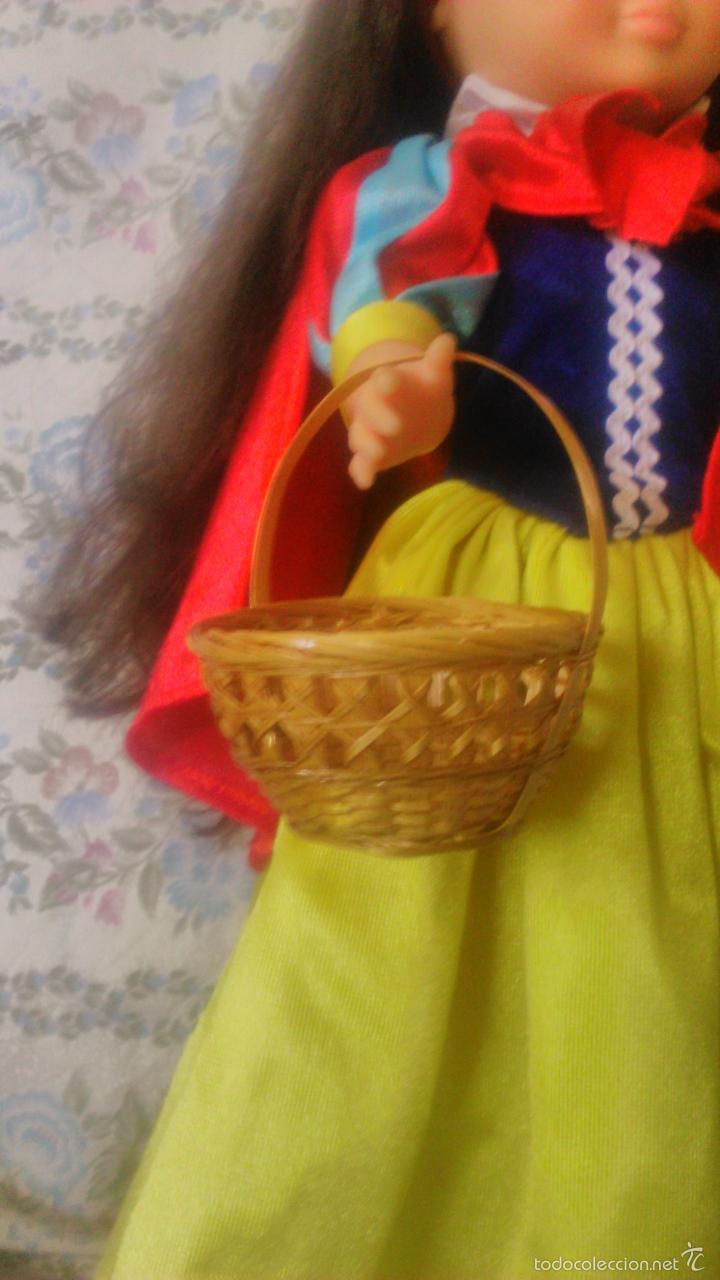 BONITO BOLSO CESTO DE MIMBRE PARA NANCY,IDEAL PARA CONJUNTO PRIMAVERA O BLANCA NIEVES (Juguetes - Reproducciones Vestidos y Accesorios Muñeca Española Moderna)