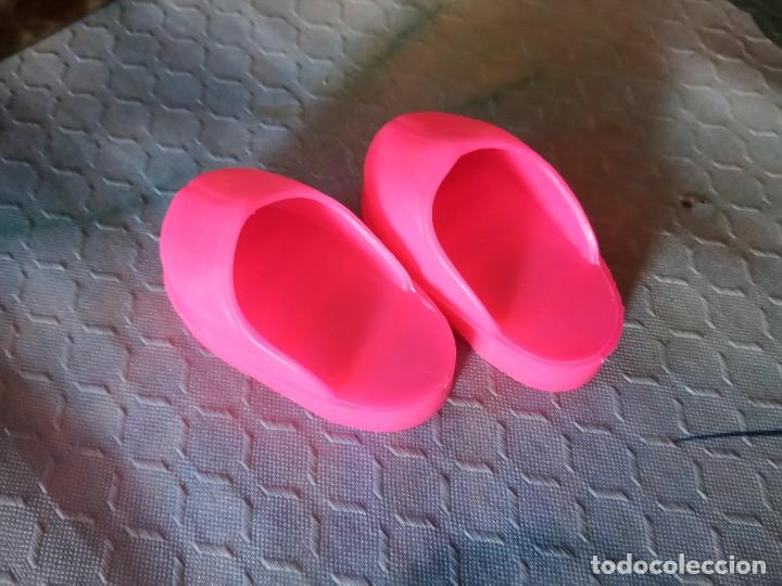 Reproducciones Muñecas Españolas: Zuecos para nancy color rosa oscuro,nuevos reproducción. - Foto 2 - 124296803