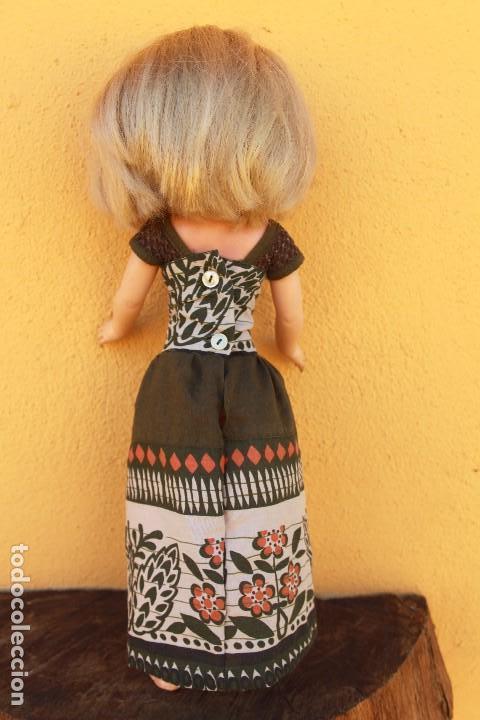 Reproducciones Muñecas Españolas: Recreación de vestido largo para Nancy, forrado y con ganchillo - Foto 3 - 137201922