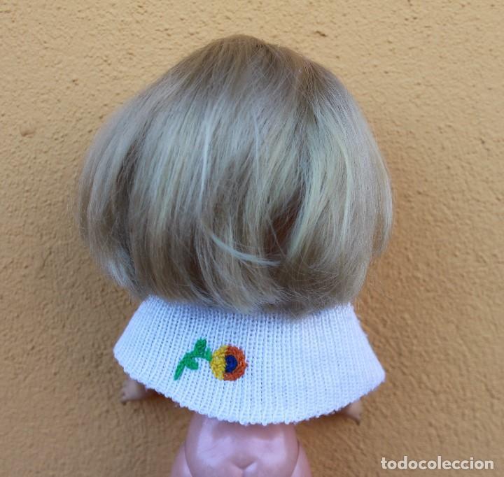 Reproducciones Muñecas Españolas: Capa y falda bordadas a juego para Nancy - Foto 4 - 139191594