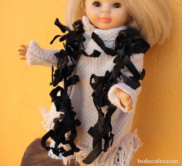 Reproducciones Muñecas Españolas: Boa negra de flecos de piel para Nancy - Foto 2 - 155805170