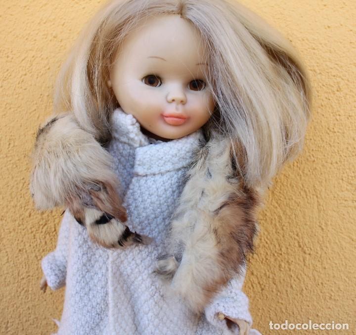 Reproducciones Muñecas Españolas: Boa de piel de conejo auténtico para Nancy / Leslie - Foto 2 - 156273818