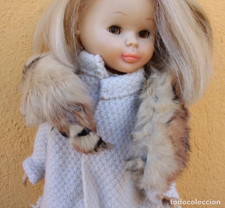 Reproducciones Muñecas Españolas: Boa de piel de conejo auténtico para Nancy / Leslie - Foto 4 - 156273818