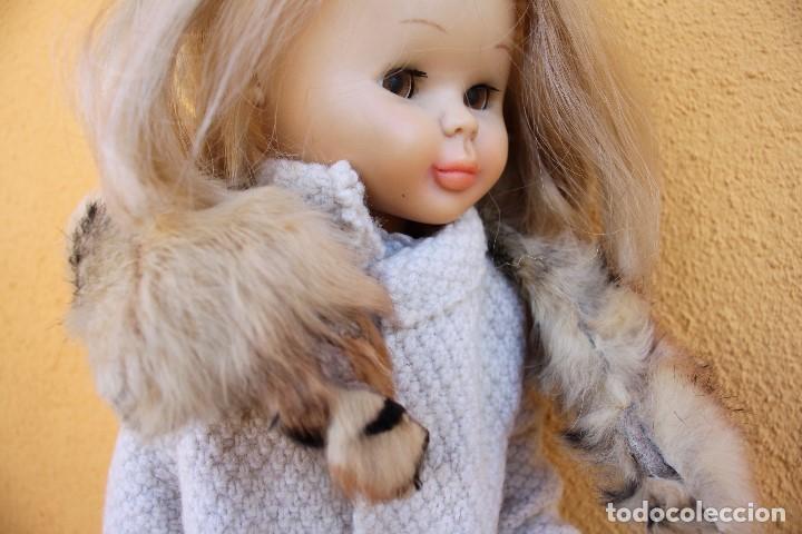 Reproducciones Muñecas Españolas: Boa de piel de conejo auténtico para Nancy / Leslie - Foto 5 - 156273818