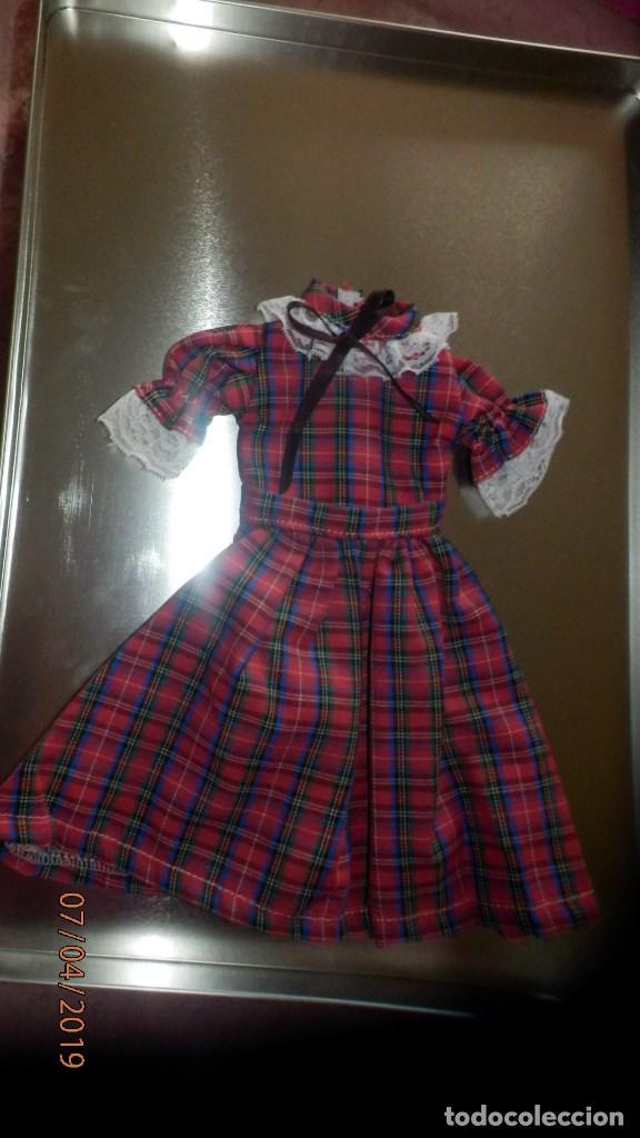 RÉPLICA DEL VESTIDO ESCOCÉS PARA NANCY DE FAMOSA (Juguetes - Reproducciones Vestidos y Accesorios Muñeca Española Moderna)