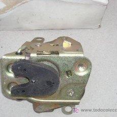 Coches y Motocicletas: CERRADURA PUERTA DELANTERA DERECHA SEAT-131. Lote 195046522