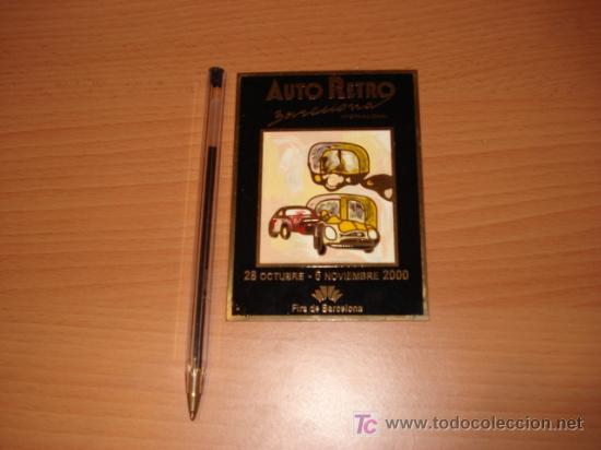 PLACA ESMALTADA DE AUTO RETRO DEL 2000 (Coches y Motocicletas - Repuestos y Piezas (antiguos y clásicos))