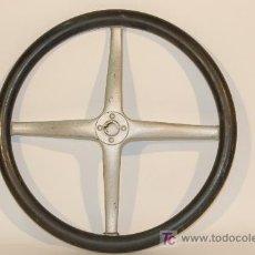 Coches y Motocicletas: VOLANTE DE COCHE FORD T. AÑOS 1920. Lote 14907219