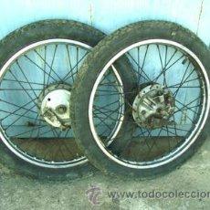 Coches y Motocicletas: RUEDAS HONDA 125 4 TIEMPOS CB. Lote 27061872