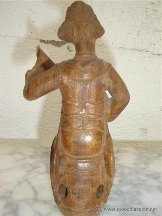 Coches y Motocicletas: figura tallada oriental - Foto 2 - 26390365