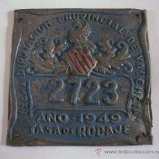 Coches y Motocicletas: CHAPA TASA DE RODAJE, 2723, VALENCIA 1949 (7,5X7,5CM APROX, SEÑALES DE EDAD). Lote 31943134