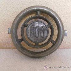 Coches y Motocicletas: EMBLEMA O LOGOTIPO. SEAT 600. . Lote 34267565