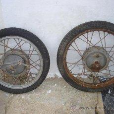 Coches y Motocicletas: 2 RUEDAS DE MOTOS ANTIGUAS. Lote 34381648