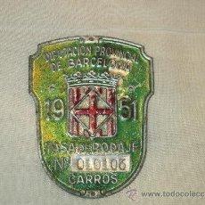 Coches y Motocicletas: BONITA CHAPA - TASA DE RODAJE DE CARROS - DIPUTACION PROVINCIAL DE BARCELONA - 1951. Lote 36561152