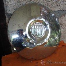 Coches y Motocicletas: TAPACUBOS SEAT 600 O 1500. Lote 37570691