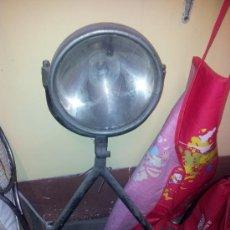 Coches y Motocicletas: FOCO CON TRIPODE PARA COCHE BOMBEROS. Lote 37689427