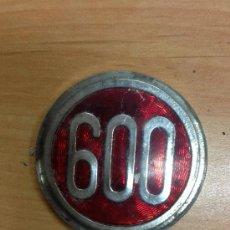 Coches y Motocicletas: ANAGRAMA SEAT 600. Lote 38427522