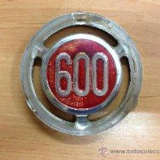 Coches y Motocicletas: ANAGRAMA SEAT 600. Lote 38427561