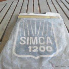 Coches y Motocicletas: JUEGO FALDILLA SALVABARROS COCHE CLASICO SIMCA 1200. Lote 43410695