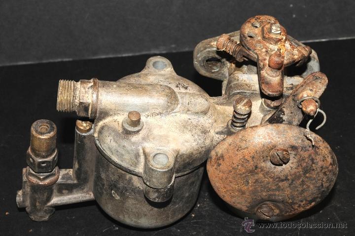 ANTIGUO CARBURADOR DE COCHE (Coches y Motocicletas - Repuestos y Piezas (antiguos y clásicos))