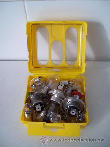 Coches y Motocicletas: Vieja caja con bombillas y fusibles para coche / automóvil - Foto 4 - 45424912