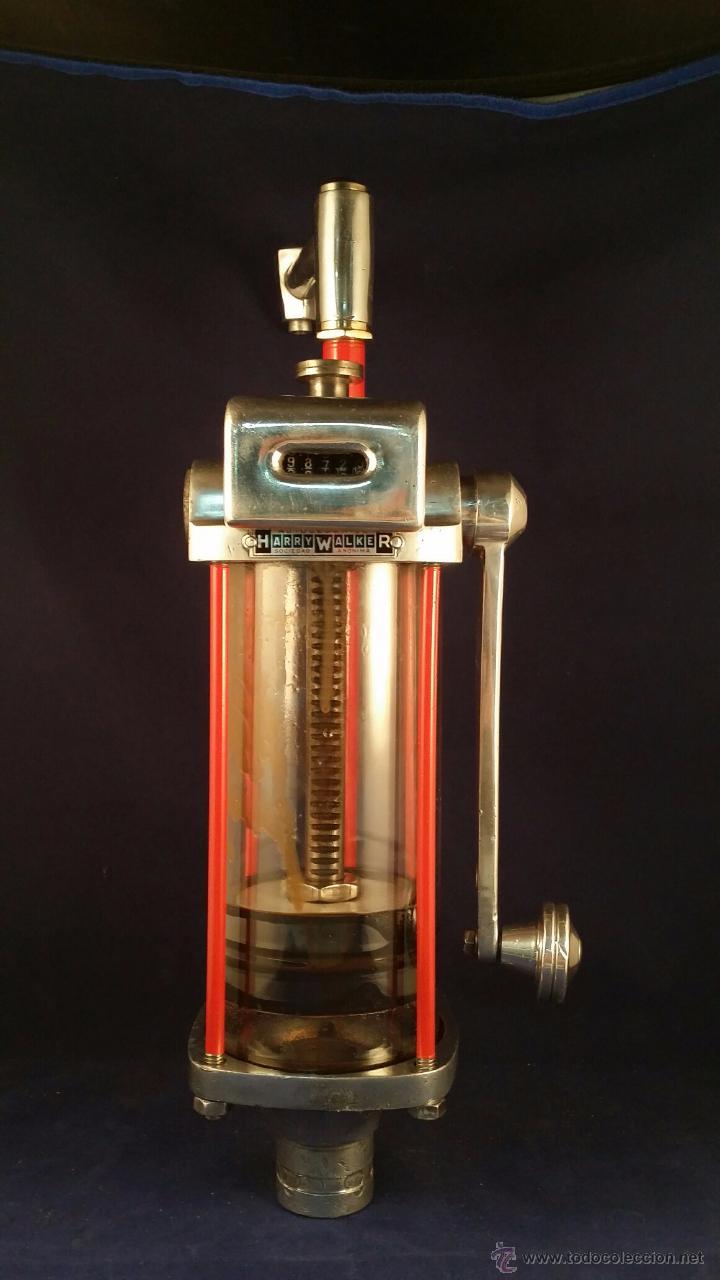 Coches y Motocicletas: Antiguo dispensador de aceite de motor Autocesorios Harry Walker - Funciona - Foto 3 - 52407370