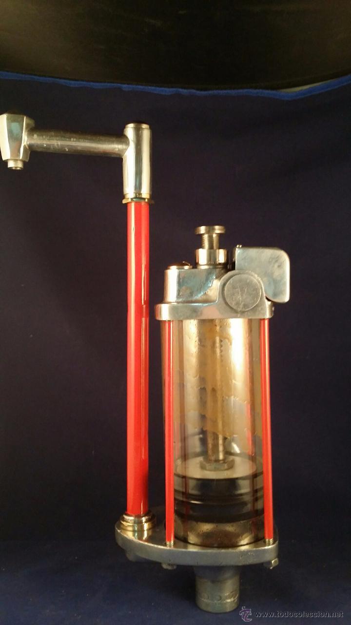 Coches y Motocicletas: Antiguo dispensador de aceite de motor Autocesorios Harry Walker - Funciona - Foto 4 - 52407370