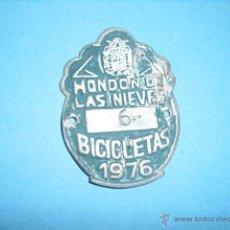 Coches y Motocicletas: MATRICULA PLACA DE BICICLETA,1976, DE HONDON DE LAS NIEVES, ALICANTE. Lote 52477838