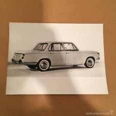 Coches y Motocicletas: 6 FOTOGRAFIA S PRENSA - COCHE BMW - AÑOS 60 - FOTO ANTIGUA. Lote 57255043