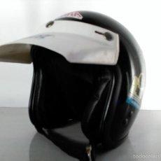 Coches y Motocicletas: CASCO MOTO VINTAGE MARCA COBRA MOTOCROS COLOR NEGRO VISERA BLANCA DECORACIONES URBANAS SHABBY CHIC . Lote 152886957