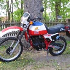 Coches y Motocicletas: BUSCADO PORTAFARO HONDA XL500 R 1981 CUPULA SCRAMBLER FARO MOTO PROYECTO CAFE RACER VINTAGE. Lote 58138292