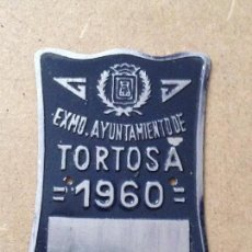 Coches y Motocicletas: MATRICULA CHAPA PLACA BICICLETA - NO CARRO AGRICOLA - 1960 TORTOSA (TARRAGONA) AZUL. Lote 58626068