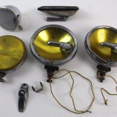 Coches y Motocicletas: REPUESTOS PIEZAS PARA COCHE ANTIGUO. LUCES Y RETROVISORES. Lote 60919175