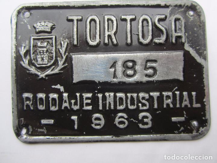 CHAPA DE ARBITRIO RODAJE INDUSTRIAL , TORTOSA 1963 - TARRAGONA (Coches y Motocicletas - Repuestos y Piezas (antiguos y clásicos))