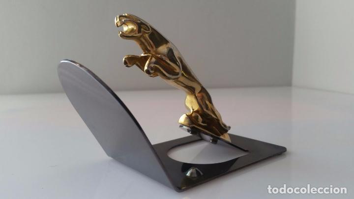 Coches y Motocicletas: Elegante Insignia emblema Jaguar - art deco - Cromado dorado - Foto 3 - 262717965