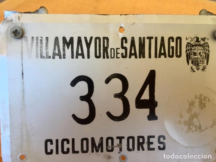 Coches y Motocicletas: Placa matricula villamayor de santiago ciclomotor cuenca la mancha franco escudo franquista - Foto 2 - 94979343