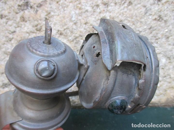Coches y Motocicletas: FARO CARBURO LINTERNA DE BICICLETA - HACIA 1920/30 + INFO Y FOTOS. - Foto 2 - 95762415