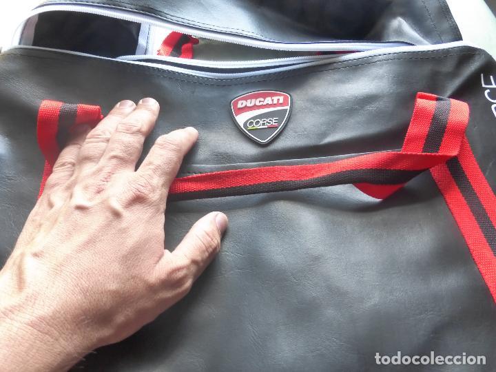 Coches y Motocicletas: DUCATI - Bolsa de gym Ducati Corse - NUEVA SIN USO - Foto 6 - 98635063