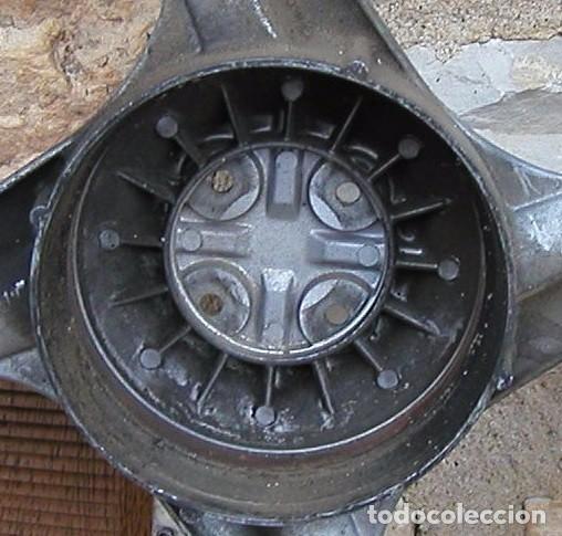 Coches y Motocicletas: RUEDA TRASERA COMPLETA PARA VESPINO ALX ORIGINAL DE CUATRO RADIOS RUEDAS - Foto 6 - 102965043