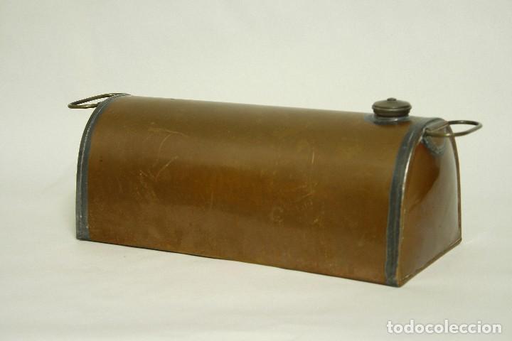 Coches y Motocicletas: Calentador de pies para el coche. Deposito de agua en cobre. Made in England. XIX Victoriano - Foto 3 - 109036223