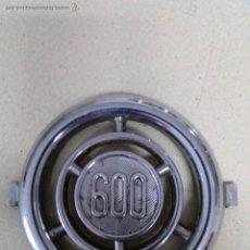 Coches y Motocicletas: ANAGRAMA LOGO LOGOTIPO SEAT 600. Lote 172281790