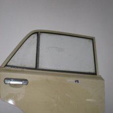 Coches y Motocicletas: SEAT 1430,PUERTA TRASERA DERECHA,COLOR CREMA. Lote 109458531