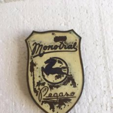 Coches y Motocicletas: ANAGRAMA ORIGINAL AUTOBUS PEGASO MONOTRAL. Lote 112061015